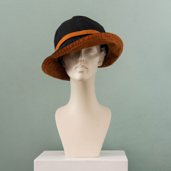 Debbie Rainhat Black Orange – Kopie 1  Kopie – Kopie